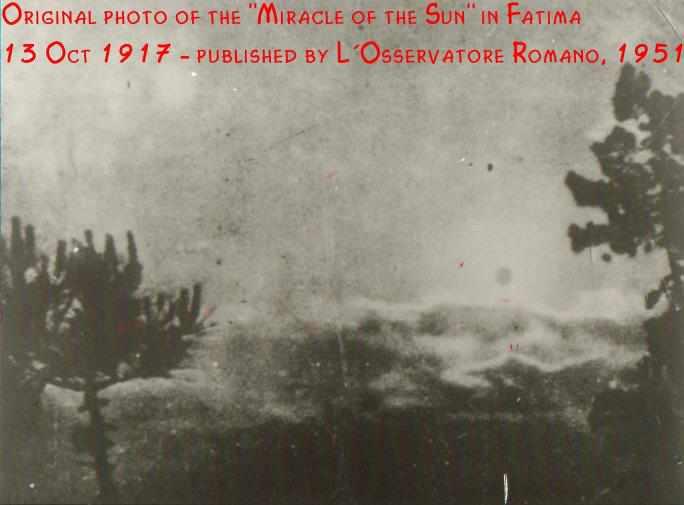 Hoy se cumplen 101 años de las apariciones de Fátima - Página 2 Fatimasun-sky-oss-rom